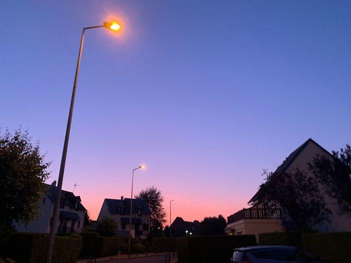 Pink su set Sky
