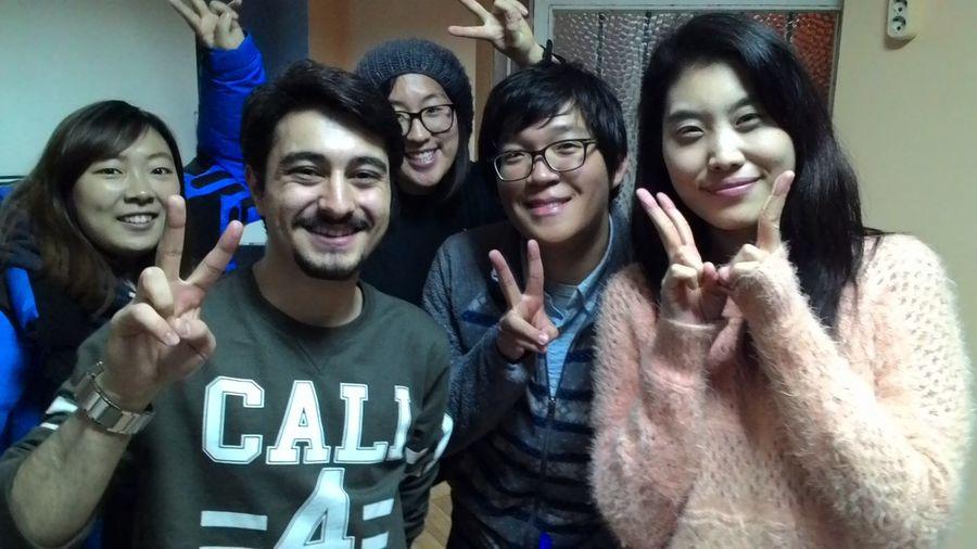 Korean Friends Different Cultures Within Foreign Friendship Friendship