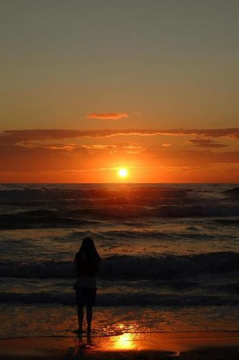 Vor 2Jahren mit Nikon D70 Hello World Pantone Colors By GIZMON Sunset Ocean