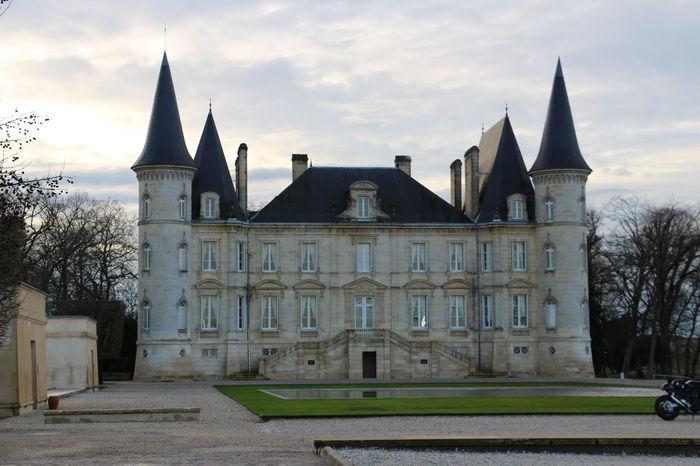 Architecture Building Exterior Façade Famous Place Pichonlongueville Sky Tourism Wine