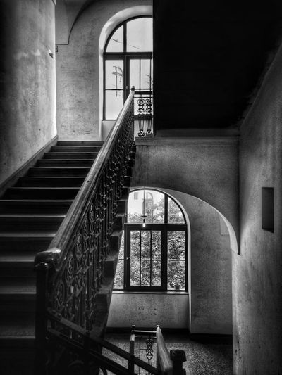 Spiral Staircase Steps And Staircases Steps Staircase Railing Architecture Built Structure Historic Civilization History Passageway Historic Building Old Ruin