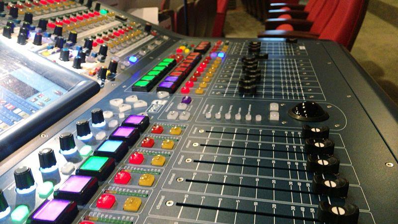 Sound Mixer Technology Push Button Illuminated Maidas No People Indoors  Nightlife Sound Recording Equipment Eyesight Day