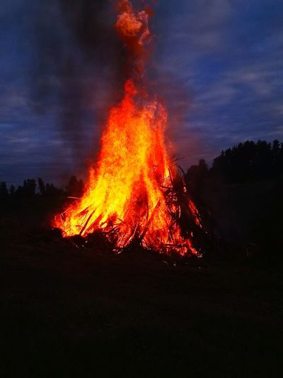 Bonfire of midsummer party in Finland. Finland Bonfire Midsummer Midsummer Night Juhannus Juhannuskokko First Eyeem Photo EyeEmNewHere