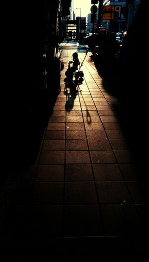 童年的影子,遠遠,長長 / The shadow of childhood , far and long Taking Photos Hello World From My Point Of View EyeEm Taiwan Eye4photography  EyeEm Gallery The 43 Golden Moments Shadowhunters Light And Shadows Silhouettes Silhouette_collection Shadows And Silhouettes Street Photography Streetphoto Taipei Taiwan 43 Golden Moments