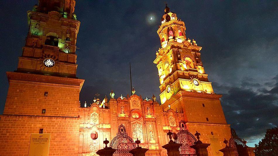 Hello World Méxicico Morelia Cathedral Downtown