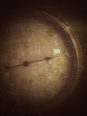 Temprature Instruments Measure Hot Day Vintage Style Degrees Thermometer Thermal Power Station Weather Tools Nopeople New Talents On EyeEm Close-up Closeupshot