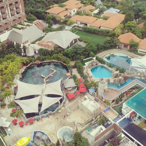 Will visit this one soon! :) Scenery above when you ride their cable car! Up upppp and aaaawaaay! Scenery Resortsworldsentosa Sweemeng Tourista IndayGala