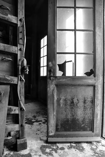 Abandoned grain silo mill Bradleywarren Photography Bradley Olson Backgrounds Background No People Room For Text Copy Space Copyspace The Way Forward Old Old-fashioned Old Ruin Old Buildings Abandoned Abandoned Places Abandoned Buildings Abandoned & Derelict Vintage Retro