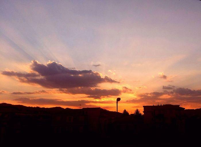 ..*nel cielo di questa sera*.. ..in The Sky.. .. ..🌝 ..