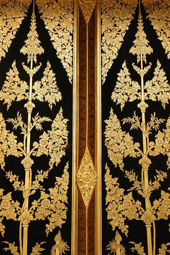 Thailand Architecture Art And Craft Backgrounds Built Structure Ceiling Craft Creativity Decoration Design Door Entrance Floral Pattern Full Frame Gold Colored Hanging Ornate Pattern Pattern Thailand Shape