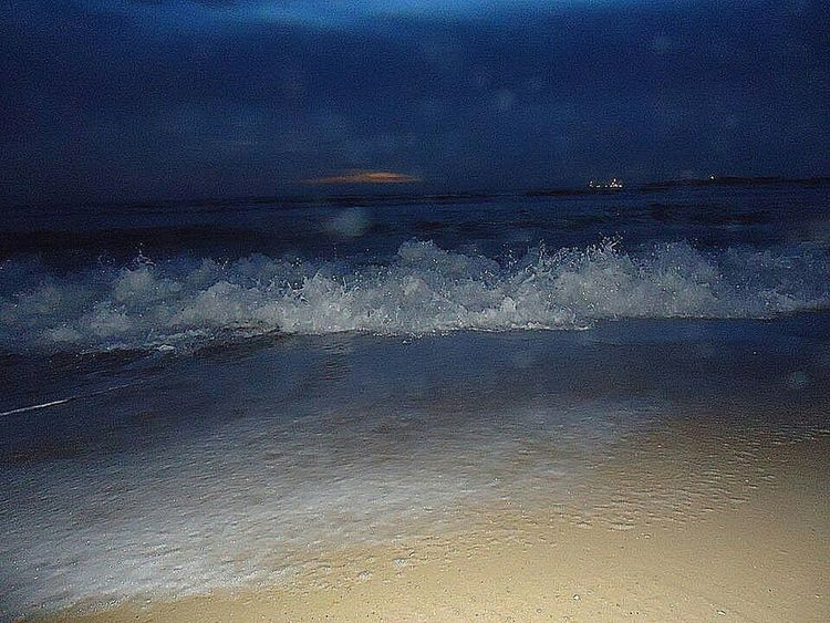 Check This Out Eyeemphotography EyeEm Best Shots EyeEm Gallery Popular Photos EyeEmBestPics Seashore Waves Crashing Beach Walk Night At The Beach