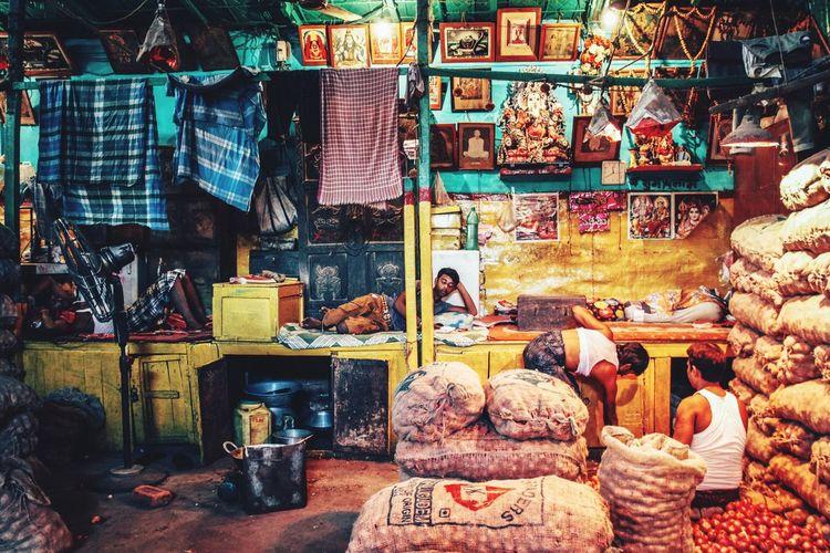 India Market Food EyeEm Best Shots Journey Colours VSCO Kolkata Travel Photography City Life Vscocam Documentary Streetphotography ASIA Street Check This Out The Week Of Eyeem Eye4photography  Illuminated Colorful Urban City
