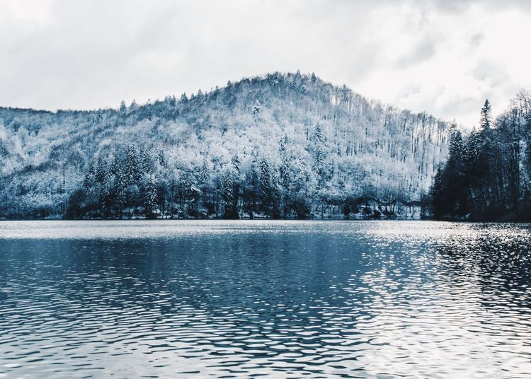 Croatia Winterscapes Wintertime Beauty In Nature Cold Temperature Lake Mountain Nature Nature_collection Nature_perfection Naturelovers Plitvice National Park Reflection_collection Reflections Scenics Snow Tranquil Scene Tranquility Water Waterfront Winter Winter Wonderland