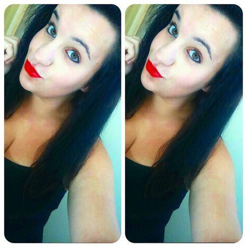 ?Poupoupidou BOUH ! Igers Inkedsexy Inked Selfie brune eyes vert inkedgirl women woman femme pink espagnole sud bresilienne oklm