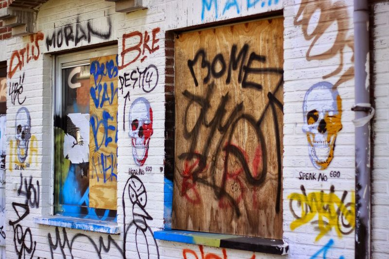 Graffiti Street Art Text Full Frame Day Built Structure Architecture No People Backgrounds Outdoors Doel Belgium