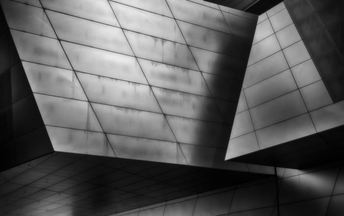 BMW Geometry Shapes And Forms Shapes Shadows & Lights Shadow Shadows And Light Urban Strret Art Leicacamera Architecture Contemporary Architecture Contemporary Photography Contemporary Design Design Professional Art München,Germany Shadow Close-up Geometric Shape Skylight Hexagon Honeycomb Triangle Shape Spiral Staircase Triangle Square Shape Architectural Detail Directly Below Cupola Geometry Rectangle