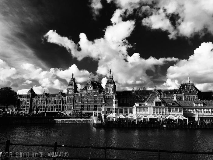 Hidden Gems  Amsterdam Amsterdam Centraal Amsterdam Central Station Loetje Amsterdam Canal Netherlands Holland The Netherlands Holland Dutch Dutch Cities Blackandwhite Black And White Blackandwhite Photography Iphone6splus Monochrome Photography The Architect - 2017 EyeEm Awards Neighborhood Map Your Ticket To Europe EyeEmNewHere