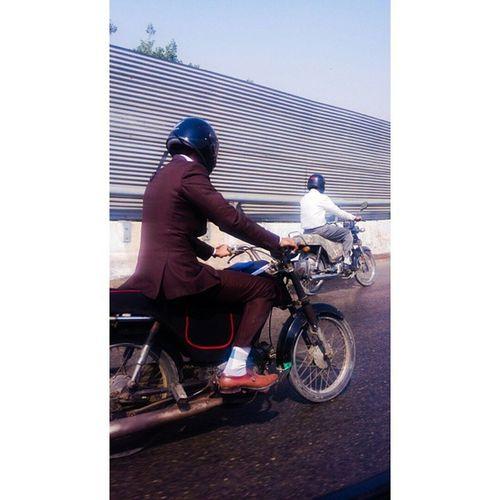 Things I see from the car. Karachi Pakistan Motorcycle Motorcycles Bike Tagsforlikes Ride RideOut Bike Biker Bikergang Helmet Cycle Bikelife Streetbike CC Instabike Instagood Instamotor Motorbike Photooftheday InstaMotorcycle Instamoto Instamotogallery Supermoto cruisin cruising bikestagram brownshoes fashionista