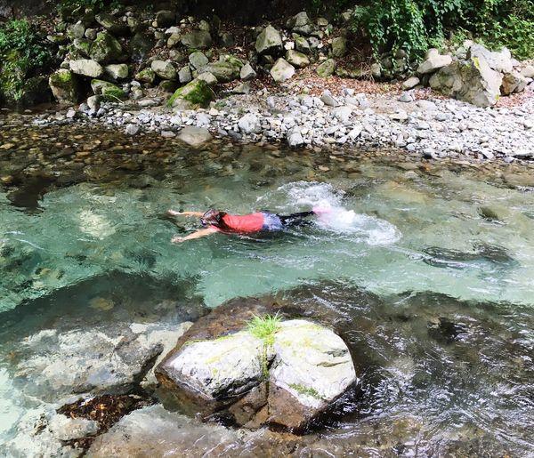 Enjoying Life Enjoy Swim 川遊び 川 大自然 Hi! River Fishing 風景 Forest Happy River Swim Superb View Clear Stream