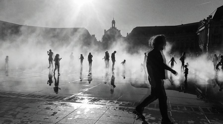 Miroir D'eau - Bordeaux Silhouette Black&white Capture Tomorrow