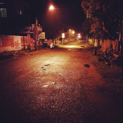 Rainystuff Nightwalk Travelldiaries Road