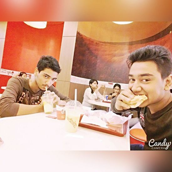 KFC DiamondPlaza Friend Feelgood Fun Squareinstapic