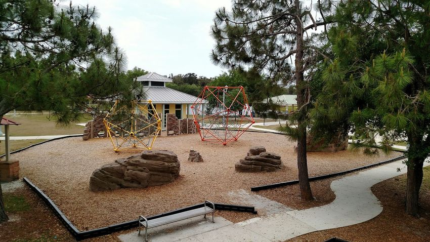 The Other Side Of The Sidewalk Jungle Gym Playground Park Hanging Out Taking Photos Relaxing Enjoying Life Spiderweb