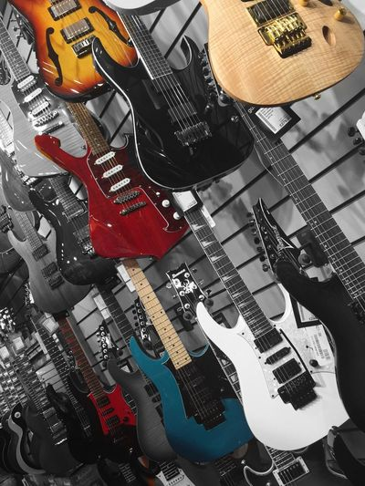 Guitar Guitarporn Ibanez Glasgow  Merhcantcitymusic Colorsplash Colors EyeEm Best Shots EyeEm Best Edits