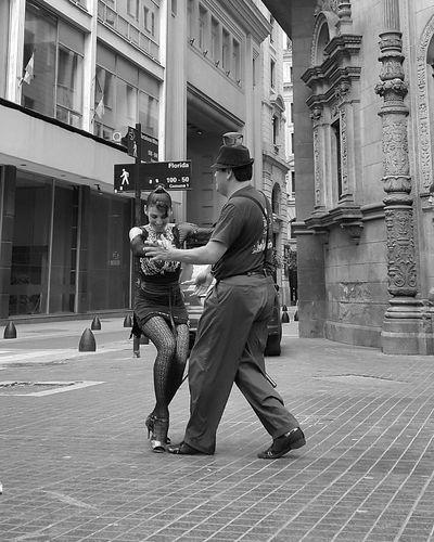 Tango Streetdancing Dancing Tango Dancers Buenos Aires, Argentina  Argentina Photography Argentina Tangoargentino Tango Dancers Tango