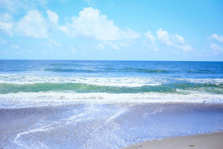 Sea Horizon Over Water Water Beauty In Nature Scenics Sky Nature Tranquility Beach Cloud - Sky Day No People Tranquil Scene Wave Blue Outdoors