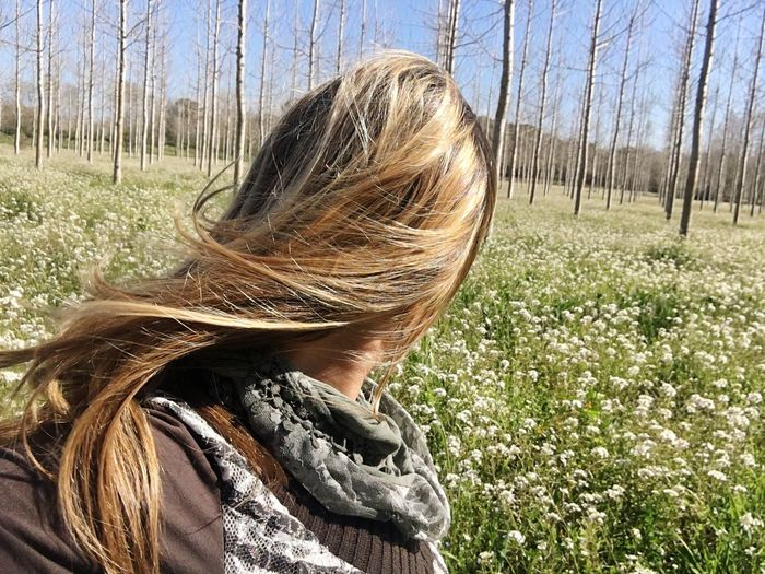 Olorant natura Long Hair Nature One Person One Woman Only Beauty In Nature Tree Nature_collection