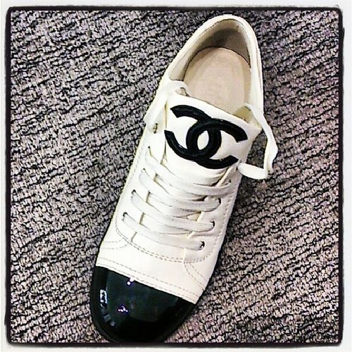 買ってもらった♡可愛すぎる!最高!Whiteday Love Chanel Shoes