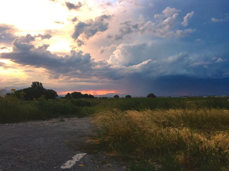 Nature Outdoors Storm Clouds Sunset Landscape Just Breathe Storm Chaser Lost In The Landscape