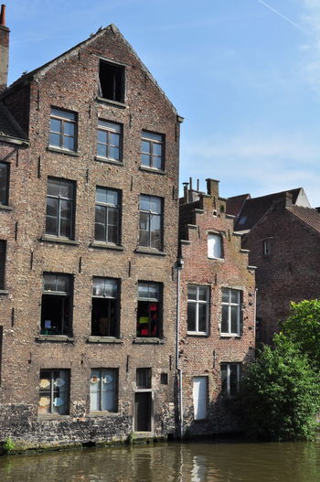 Architecture Blue Building Exterior Built Structure Canal City City Life Cityscapes Day Gent Gentse Feesten Ghent Ghentstagram Graslei No People Old Buildings Open Window Outdoors Sky Tourism Water