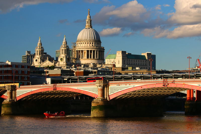 LONDON❤ EyeEm LOST IN London 3XSPUnity Architecture Dome Architecture Bridge - Man Made Structure River Thames Bank Lost In London Postcode Postcards Be. Ready.