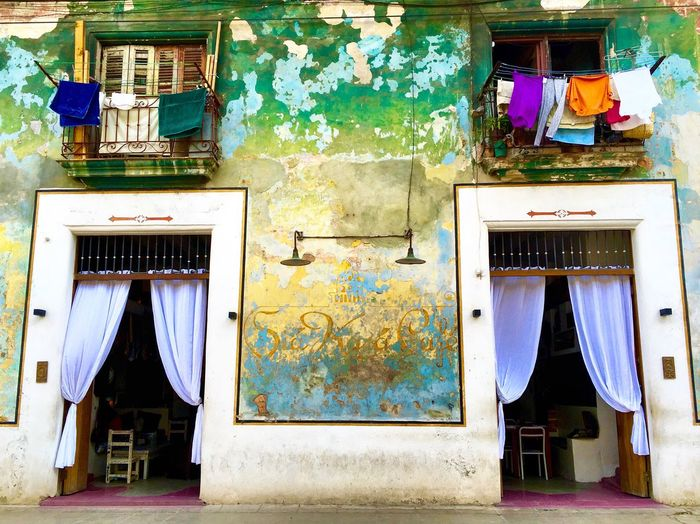 Cuban doorway ....... Cuba Havana Doorway Doorsworldwide Entry Taking Photos Colorful Colors Eye4photography  IPhoneography Architectural Detail Urban Urban Lifestyle Urban Spring Fever Travel Photography Walking Around Urbanexploration EyeEm Gallery Check This Out Cityscapes