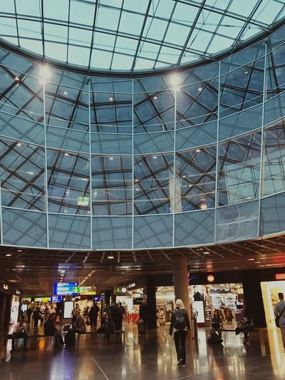 Modern Travel Airport Built Structure Architecture Indoors  Shopping Mall Travel Destinations Airport Terminal Men Illuminated Real People Day People Adult Adults Only Architecture Frankfurt Germany Business Busy Travel Traveling Transfer
