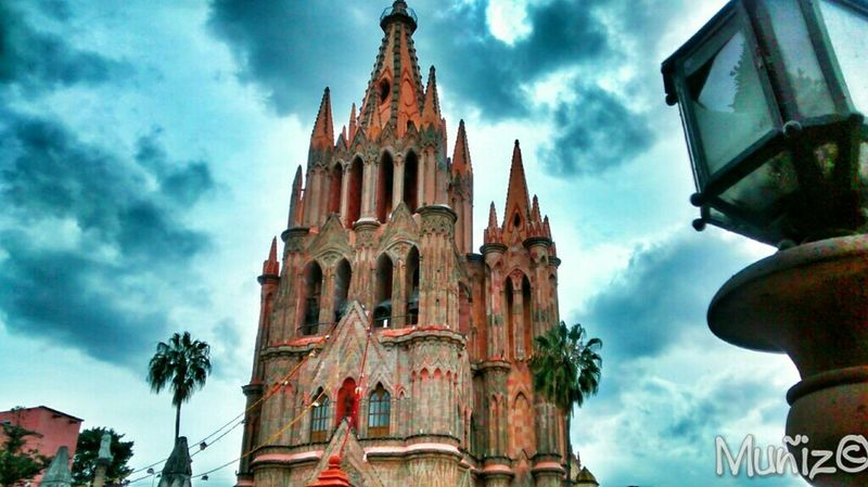 San Miguel De Allende Guanajuato, México Old Church Church Catholic Church Churches Old Churches Mexicolors Mexico_maravilloso Mexico De Mis Amores