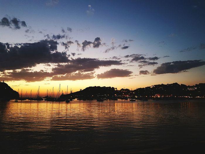 Sunset_collection Bahia De Soller De Noche EyeEm Gallery Perfect Moment Sun Light Beach Life Colores Del Verano