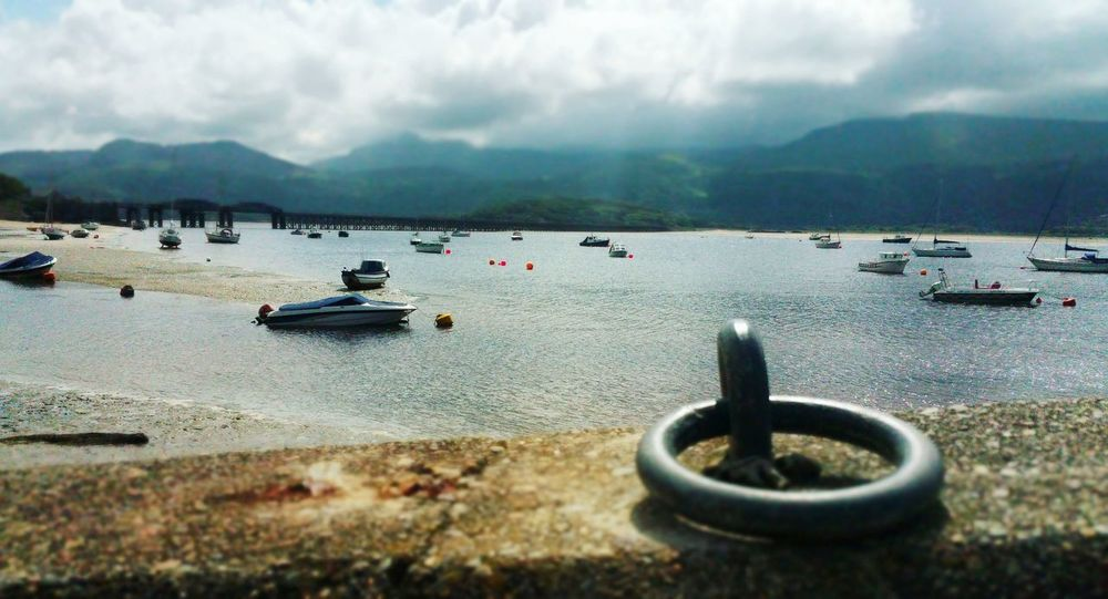 .... missing Barmouth ... Wales North Wales Harbour Ships Water Cloudy Boat Sea Mountain Dhore Estuary Mountains Snowdonia Buoys горы Море корабли Vistas