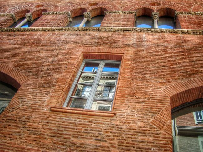 Arch Architectural Feature Architecture Brick Wall Building Exterior Built Structure Day Eyeem Architecture Eyeem Architecture Lover No People Old Pattern Reflections Window Lumicar