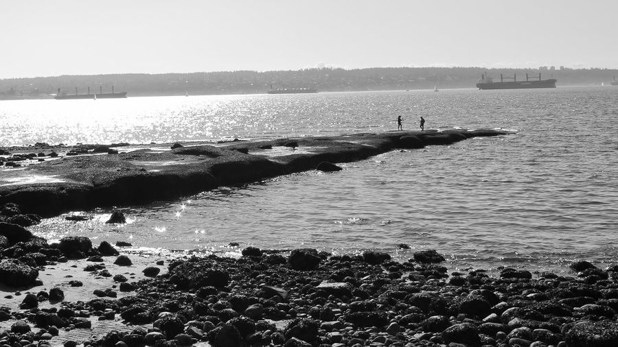 Natural Pier Cais Na Cais Natural Day Distant IAte Outdoors Ponte, Sol Sea Shore Tranquility Water Waterfront Monochrome Photography