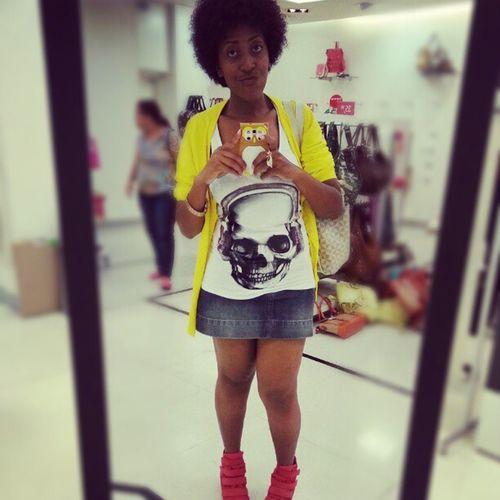Look Cardigan Yellow Adidas sneaker arezzo orange blusa caveira fashion top perfect e vamos andar muito :)