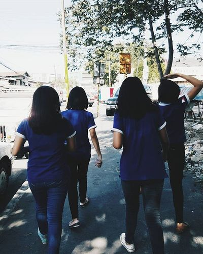 """Walking with friends is better than walking alone"""
