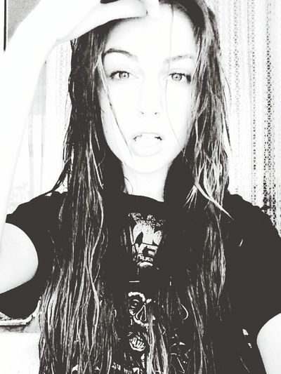 Selfie Wethair  Idontgiveafuck Girl Longhair Blackandwhite