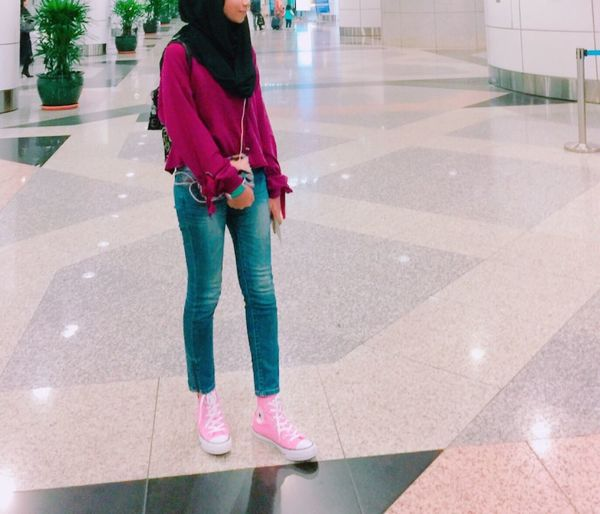 International Airport Fashionista Photography Casual Look Casual Clothing Maroon Hotpink Pinkhot One Person Real People Full Length Standing Leisure Activity Day Fashion Stories Lifestyles