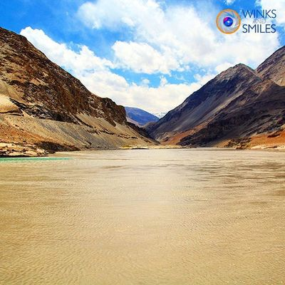 ---------------------------------------------------------------------------------------------- 🇱 🇦🇳🇩🇸🇨🇦🇵🇪 🇴🇫 🇹🇭🇪 🇩🇦🇾💕💕💕 ---------------------------------------------------------------------------------------------- All images are subject to ©copyright No repost, regram or reproduce without prior permission All rights reserved LehLadakh Confluence Indusriver Zanskarriver India Convexrevolution Incredibleindia Incredibleladakh Incredibleladakh Landscape_captures Landscapeofinstagram Indianphotographer Riverside Rafting Travelgram Instago Travelphotography Photographers_of_india Instapic Instapicoftheday VSCO Wassupindia Followforfollow Likeforlike Holiday ig_photoclub click_india_click ig_himalaya explorethroughcamera exploreindia yin_india