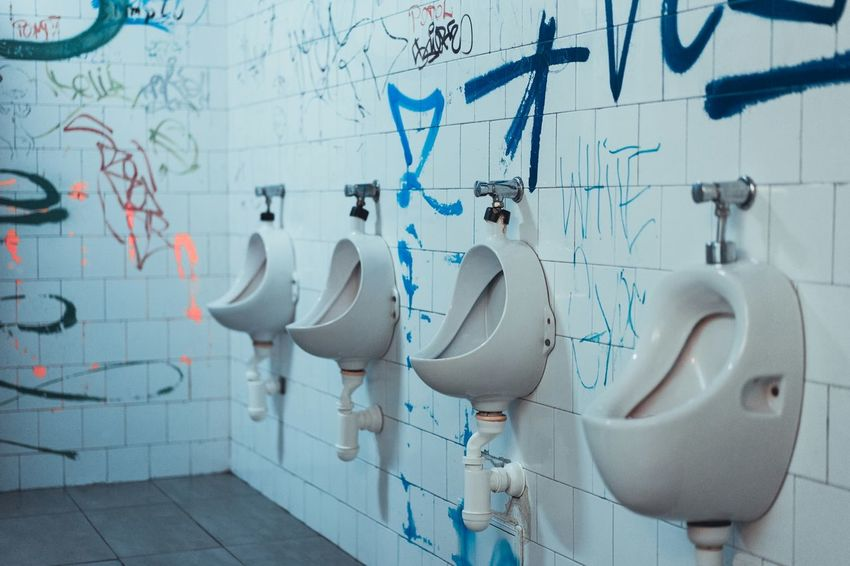 Toilet Toilet Art Graffiti Wall - Building Feature No People Close-up Built Structure Architecture BYOPaper! Neighborhood Map The Street Photographer - 2017 EyeEm Awards Blue