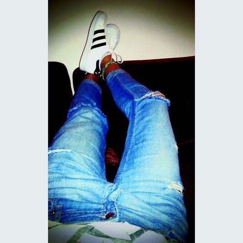 Relaxing Taking Photos That's Me Blue Jeans Ripped Jeans Schoes Adidasoriginals Chilling Bored