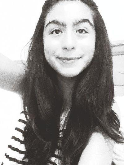put a smile on because you have a beautiful smile :) <3 Putasmileon:)